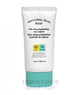 kem-chong-nang-natural-sun-eco-super-perfect-spf50-2-200x200
